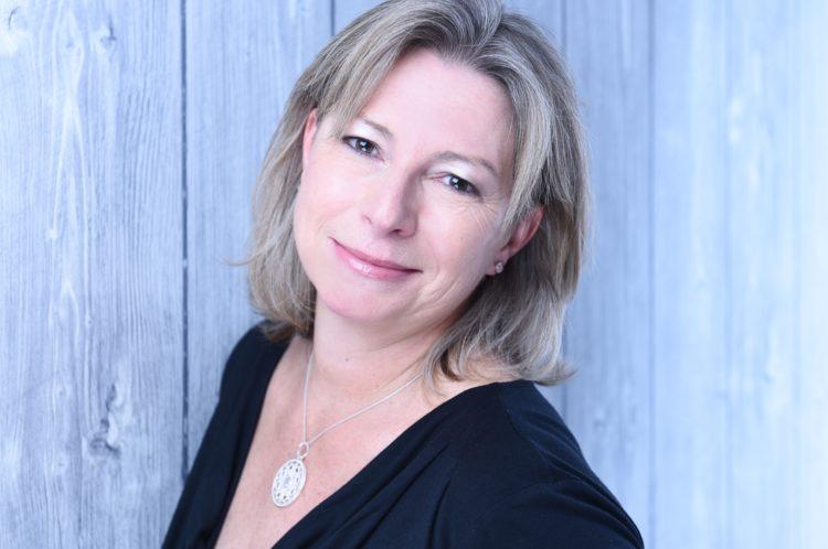 Sabine Schwarze, Coach für Selbsterneuerung um sich leicht und nachhaltig selbst von Stress, Ängsten und emotionalem Ballast zu befreien.